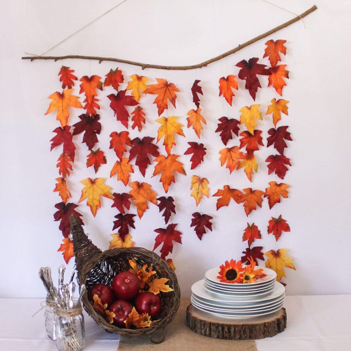 Украшения дома с листьев