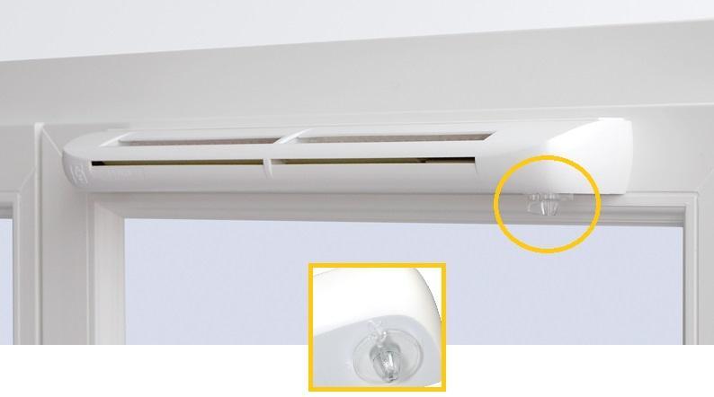 Вентиляция окна с установкой приточного клапана.
